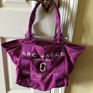 Marc jacobs bag pink fuchsia color new with tag